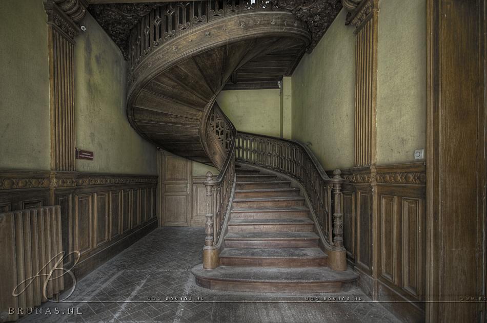 Chateau Social
