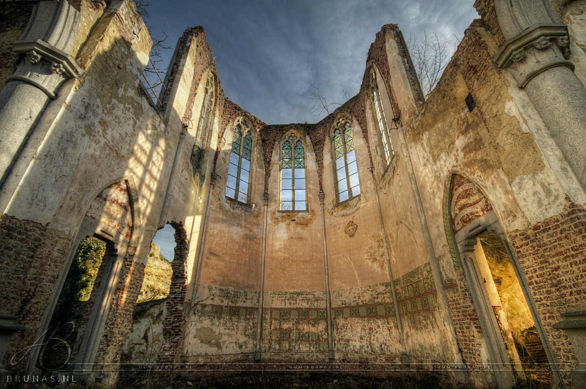Eglise Sans Toit