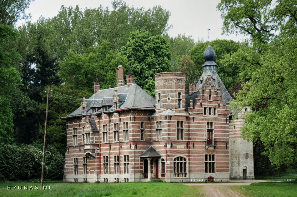 Chateau TM